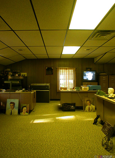 Post-office-Poststelle-Postannahme-Elvis-Presley-Graceland-Memphis-Tennessee-TN-USA-DSCN7796.jpg