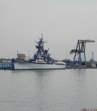 USS-62-South-Jersey-kriegsschiff-war-ship-delaware-river-harbour-Hafen-Philadelphia-Pennsylvania-USA-DSCN8438.jpg