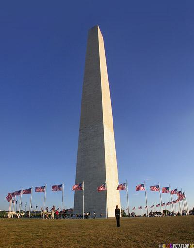Washington-Monument-obelisk-US-flags-Flaggen-National-Mall-Washington-DC-USA-DSCN8299.jpg
