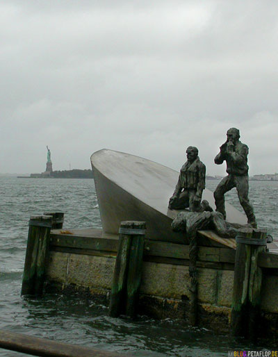 American-Merchant-Mariners-Memorial-Sculpture-by-Marisol-Escobar-Battery-Park-NYC-Manhattan-New-York-City-USA-DSCN8602.jpg