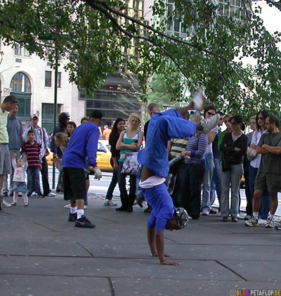 Breakdancer-2007-New-York-City-USA-DSCN8723.jpg