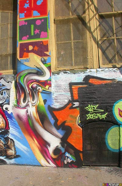 Graffiti-Character-Five-Points-5Pointz-warehouse-Lagerhalle-Brooklyn-New-York-City-USA-DSCN8746.jpg