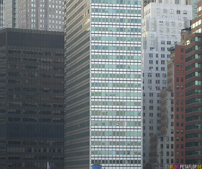 Skyscrapers-South-Lower-Manhattan-Skyline-View-from-Brooklyn-Bridge-New-York-NY-USA-DSCN8785.jpg