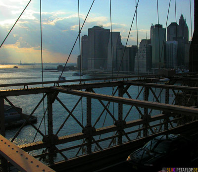 South-Lower-Manhattan-Skyline-View-from-Brooklyn-Bridge-New-York-NY-USA-DSCN8775.jpg