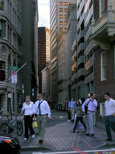 Devonshire-Street-Old-State-House-Downtown-Boston-Massachusetts-MA-USA-DSCN8899.jpg