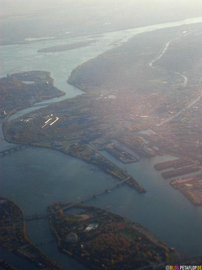 Montreal-harbour-seen-from-above-Hafen-von-oben-Lufthansa-Flight-Flug-Munich-Muenchen-DSCN9007.jpg