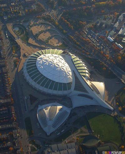 Montreal-Olympic-stadium-from-1976-from-plane-above-Olympiastadion-1976-von-oben-Lufthansa-Flight-Flug-aus-dem-Flugzeug-DSCN9004.jpg