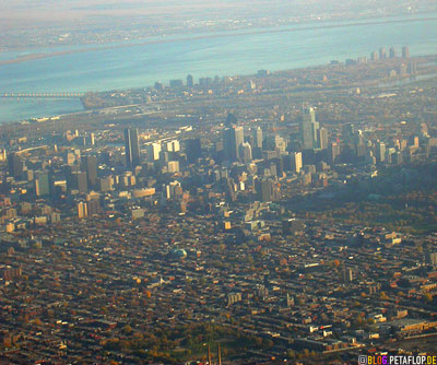 Montreal-seen-from-above-starting-plane-von-oben-Lufthansa-Flight-Flug-Flugzeug-Start-Montreal-Munich-Muenchen-DSCN8998.jpg