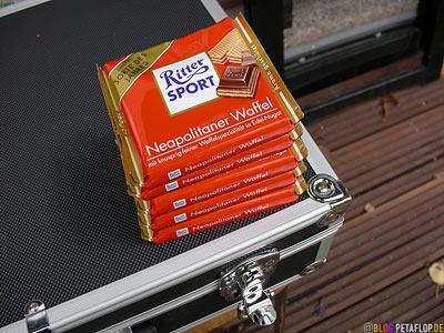 Duesseldorf-Blender-Schokolade-Schoki-chocolate-Ritter-Sport-Neapolitaner-Waffel-DSCN1155.jpg